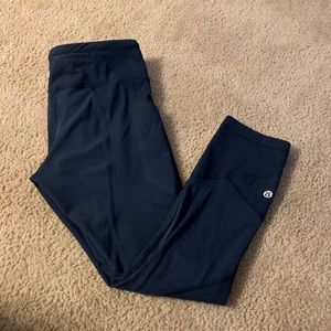 Lululemon pace rival crops - womens size 4 - navy